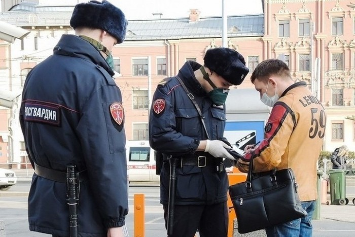 Выход из дома в Москве в период карантина